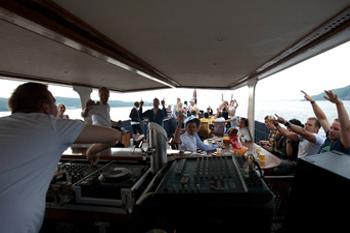DJ på blåtur eller båttur om du vil